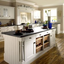 +41 To Consider For Farmhouse Kitchen Cabinets Design Ideas 48