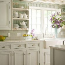 +41 To Consider For Farmhouse Kitchen Cabinets Design Ideas 85