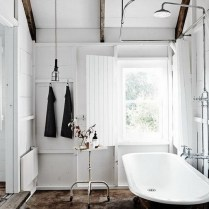 46+That Will Motivate You Farmhouse Bathroom Colors Rustic 26
