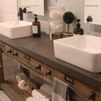 46+That Will Motivate You Farmhouse Bathroom Colors Rustic 41