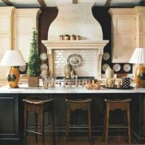 35+ Natural Rustic And Classic Glam Kitchen Decorating Ideas 170