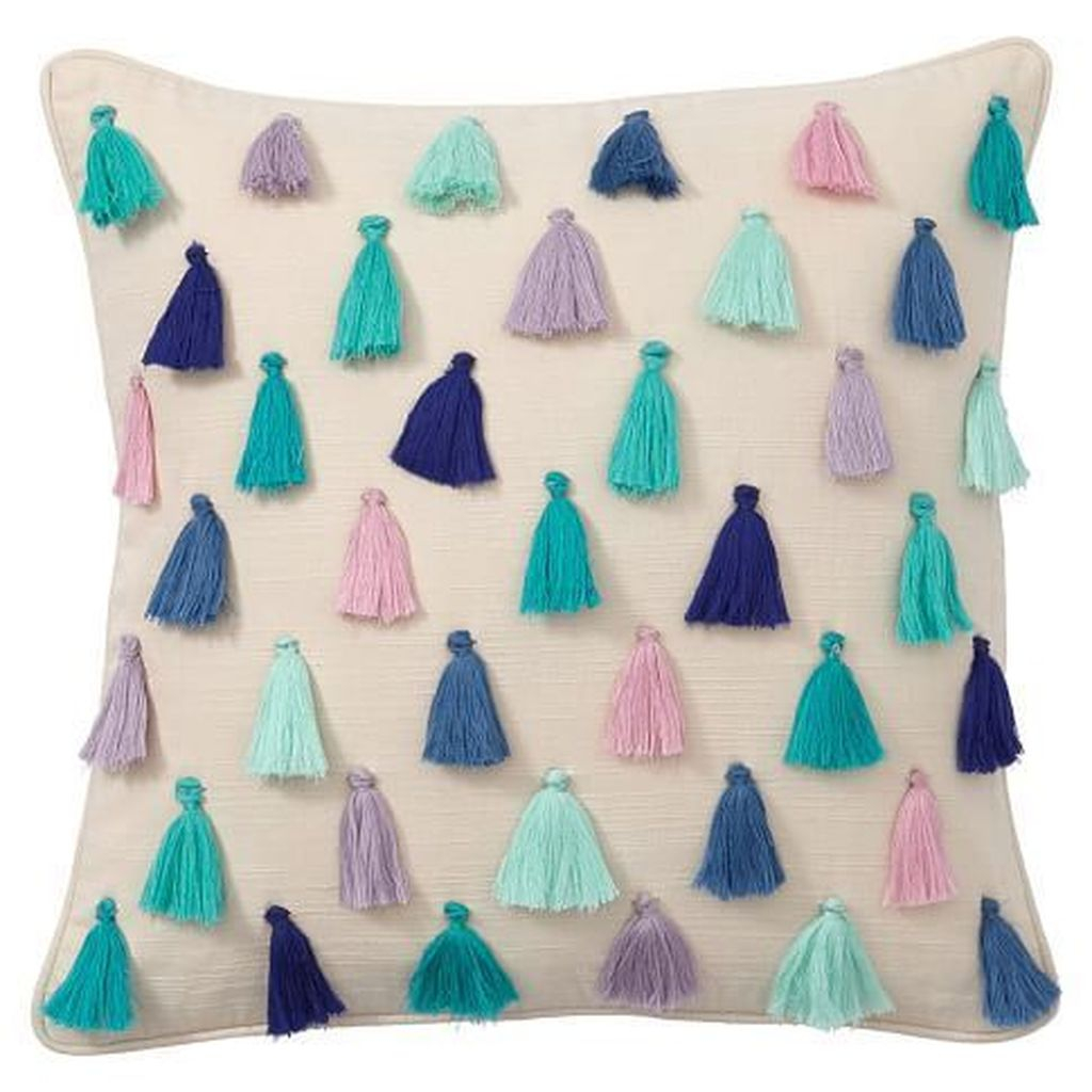 Charming Pillow Decorative Ideas To Apply Asap 03