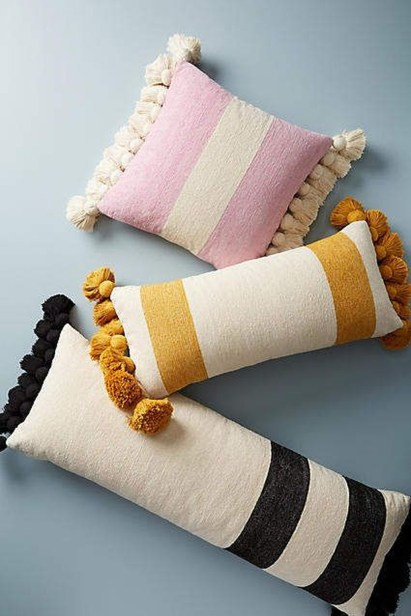 Charming Pillow Decorative Ideas To Apply Asap 30