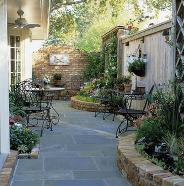 Amazing Garden Design Ideas For Small Space To Try 16