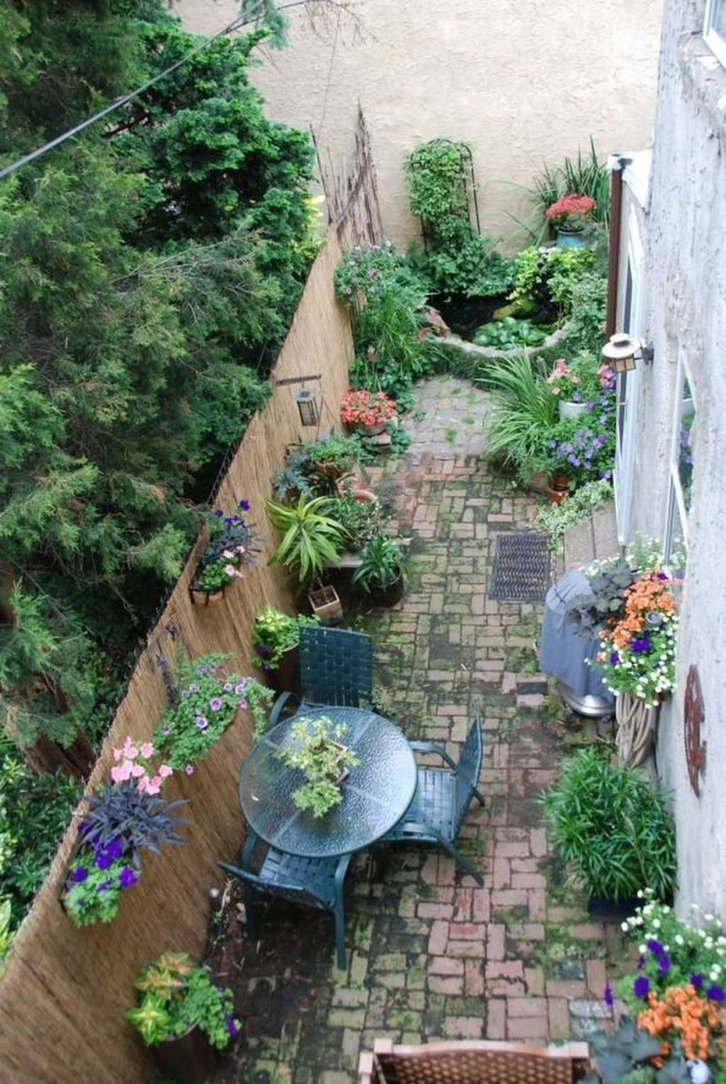 Amazing Garden Design Ideas For Small Space To Try 30