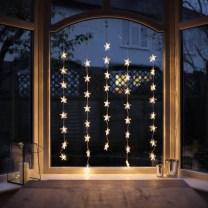 Beautiful Window Decorating Ideas For Christmas 03