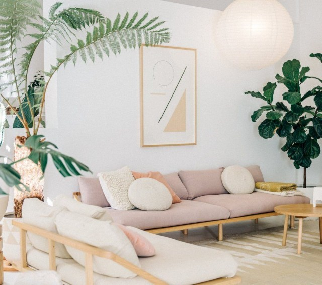 Best Minimalist Living Room Decorations Ideas 28