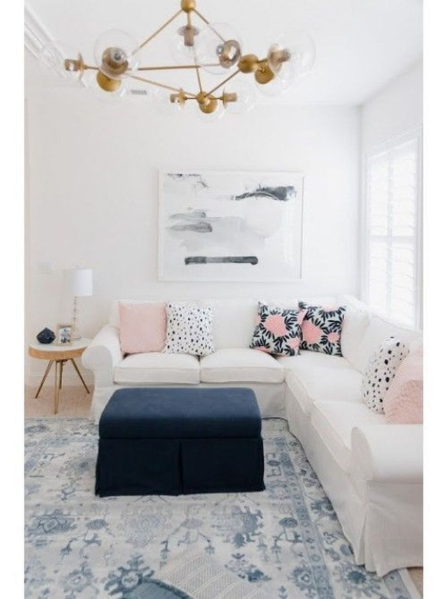 Best Tiny Living Room Design Ideas That Trend Nowaday 32