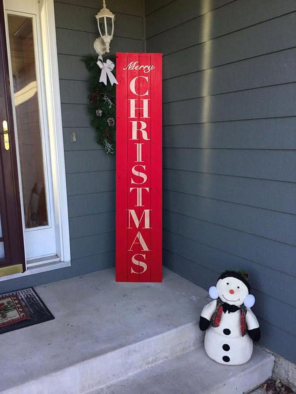 Creative Christmas Door Decoration Ideas To Inspire You 04