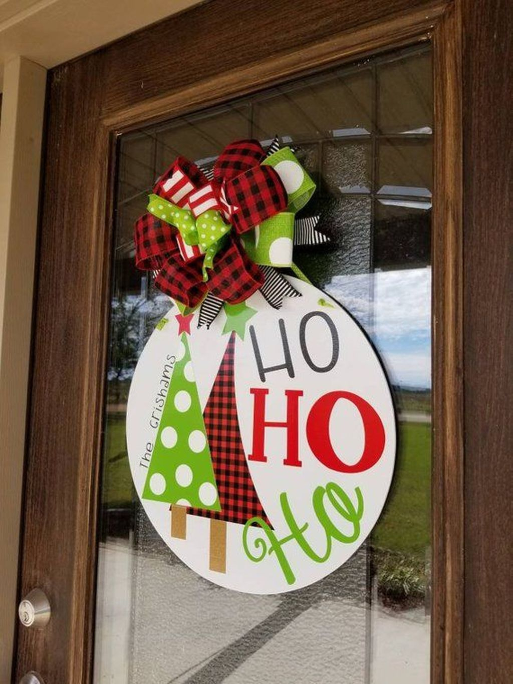 Creative Christmas Door Decoration Ideas To Inspire You 12