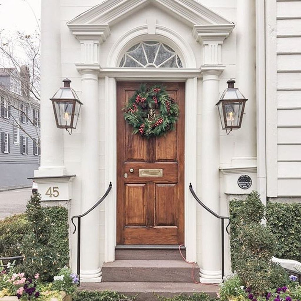 Creative Christmas Door Decoration Ideas To Inspire You 16