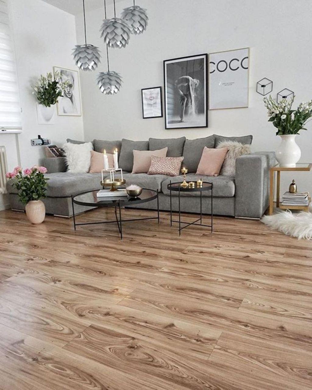Enchanting Living Room Decor Ideas That Trending This Winter 02