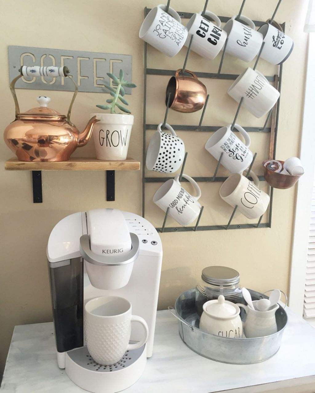 Magnificient Home Coffee Bar Design Ideas You Must Have 27