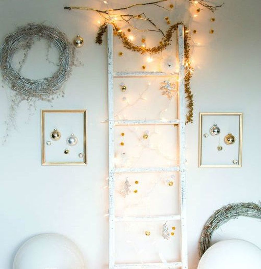 Pretty Space Decoration Ideas With Christmas Tree Lights 34