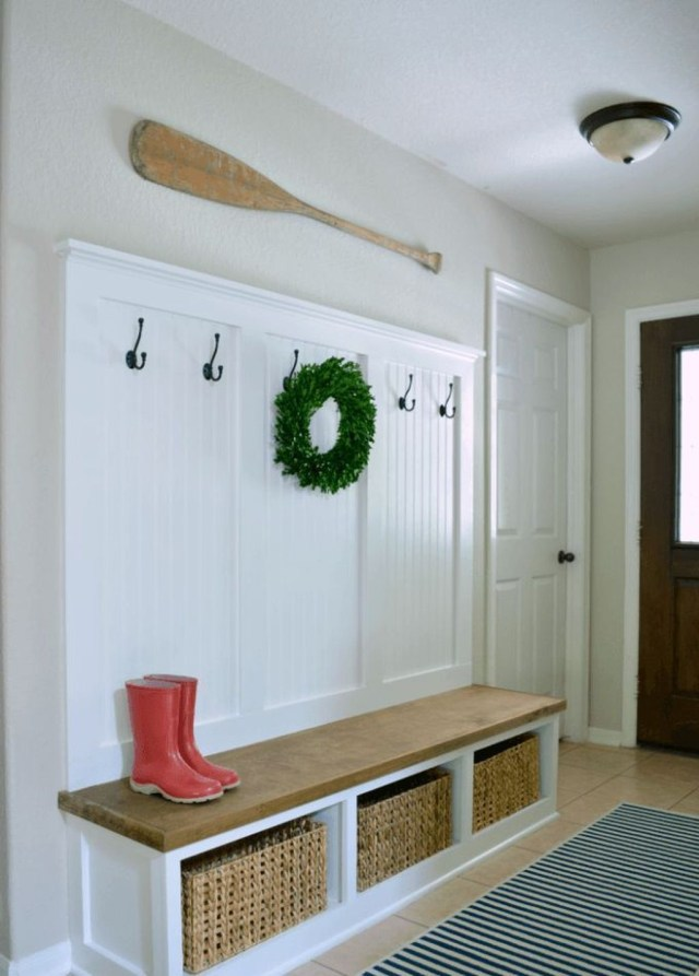 Splendid Entryway Home Décor Ideas That Make Your Place Look Cool 29