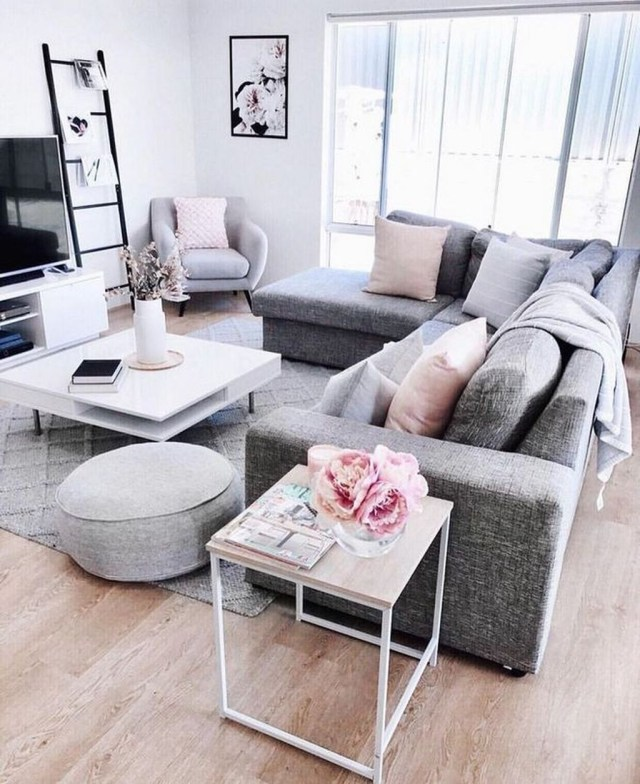 Stunning Apartment Living Room Decorating Ideas On A Budget 07