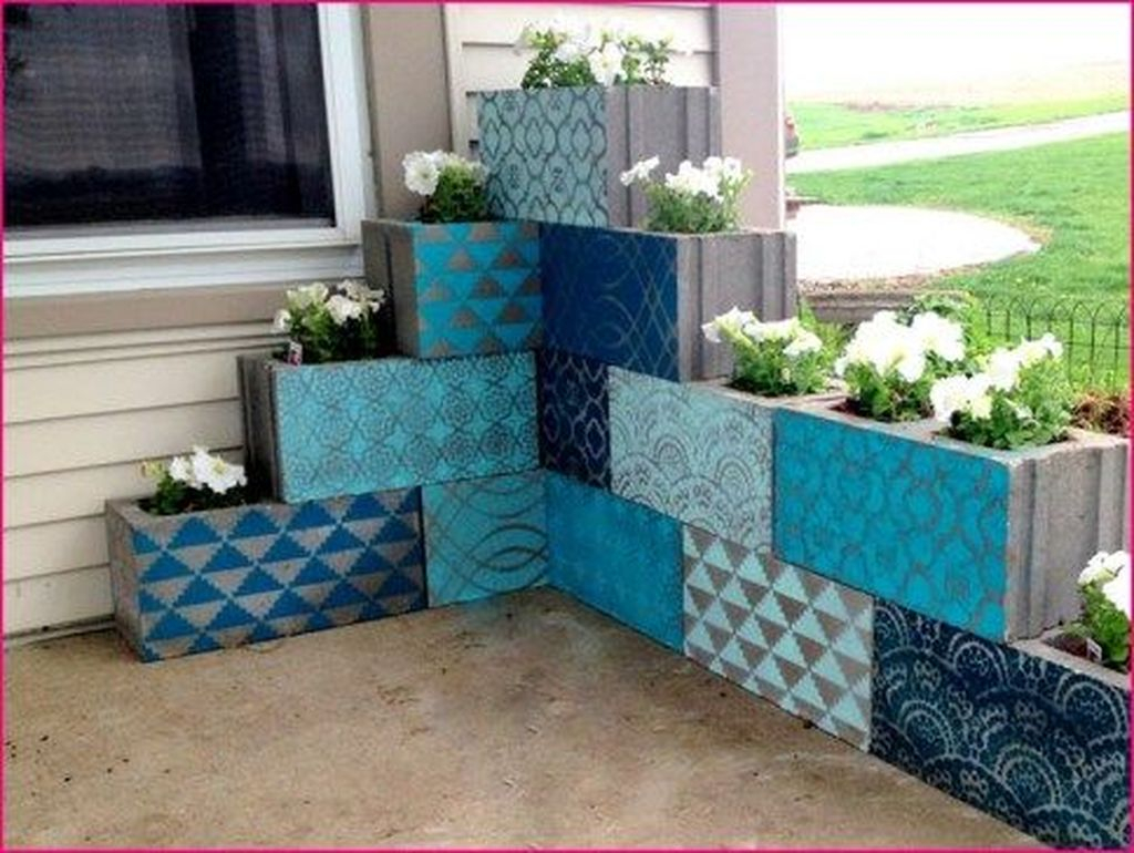 Stylish Garden Design Ideas With Cinder Block To Try 05
