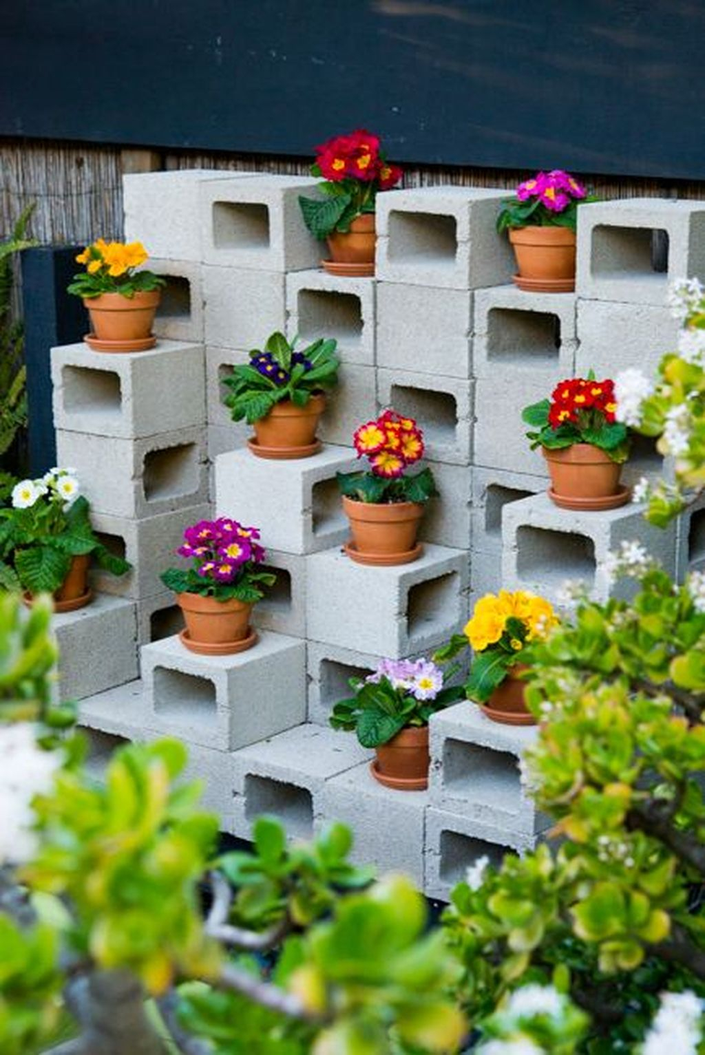 Stylish Garden Design Ideas With Cinder Block To Try 16
