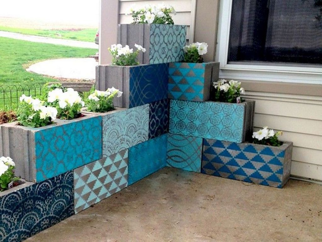 Stylish Garden Design Ideas With Cinder Block To Try 39