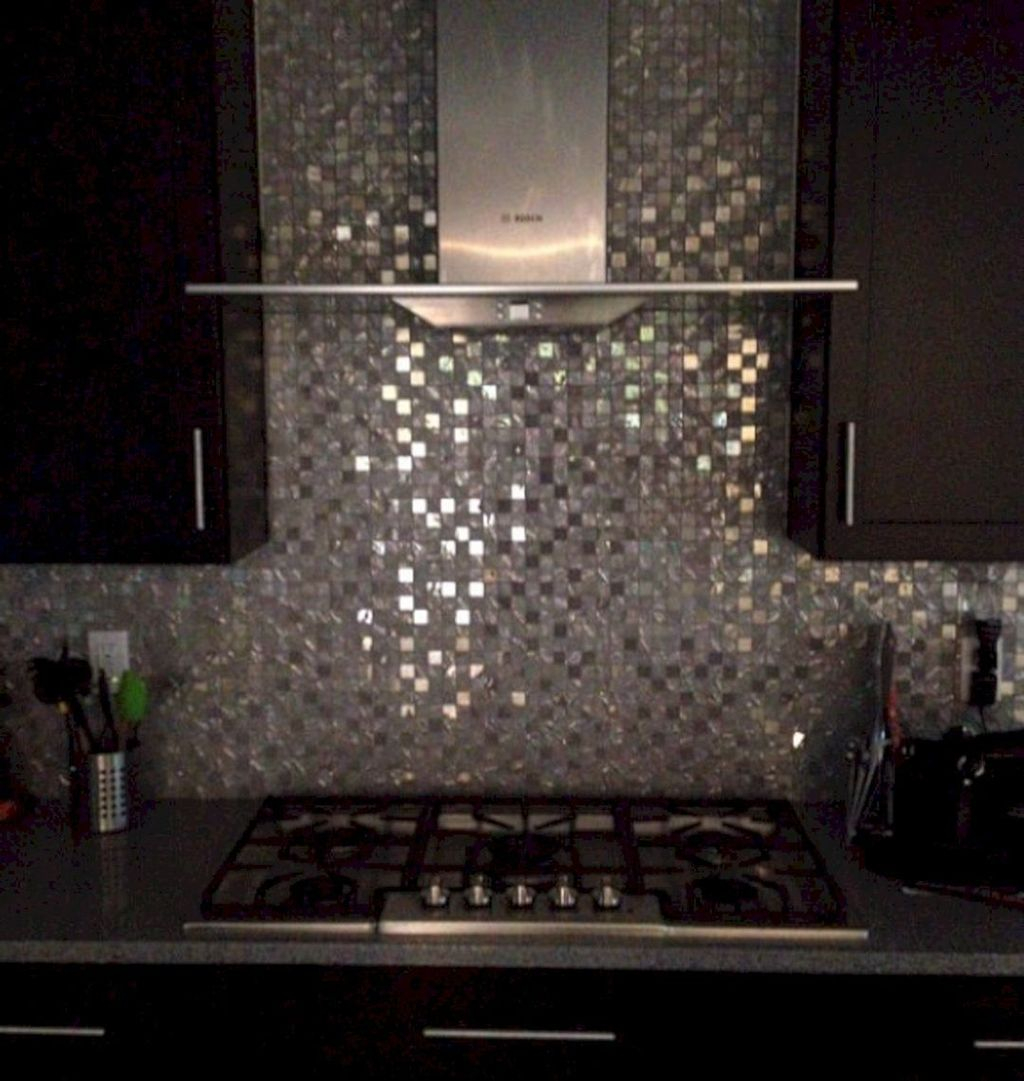 Superb Glitter Kitchen Tiles Design Ideas To Try Nowaday 01