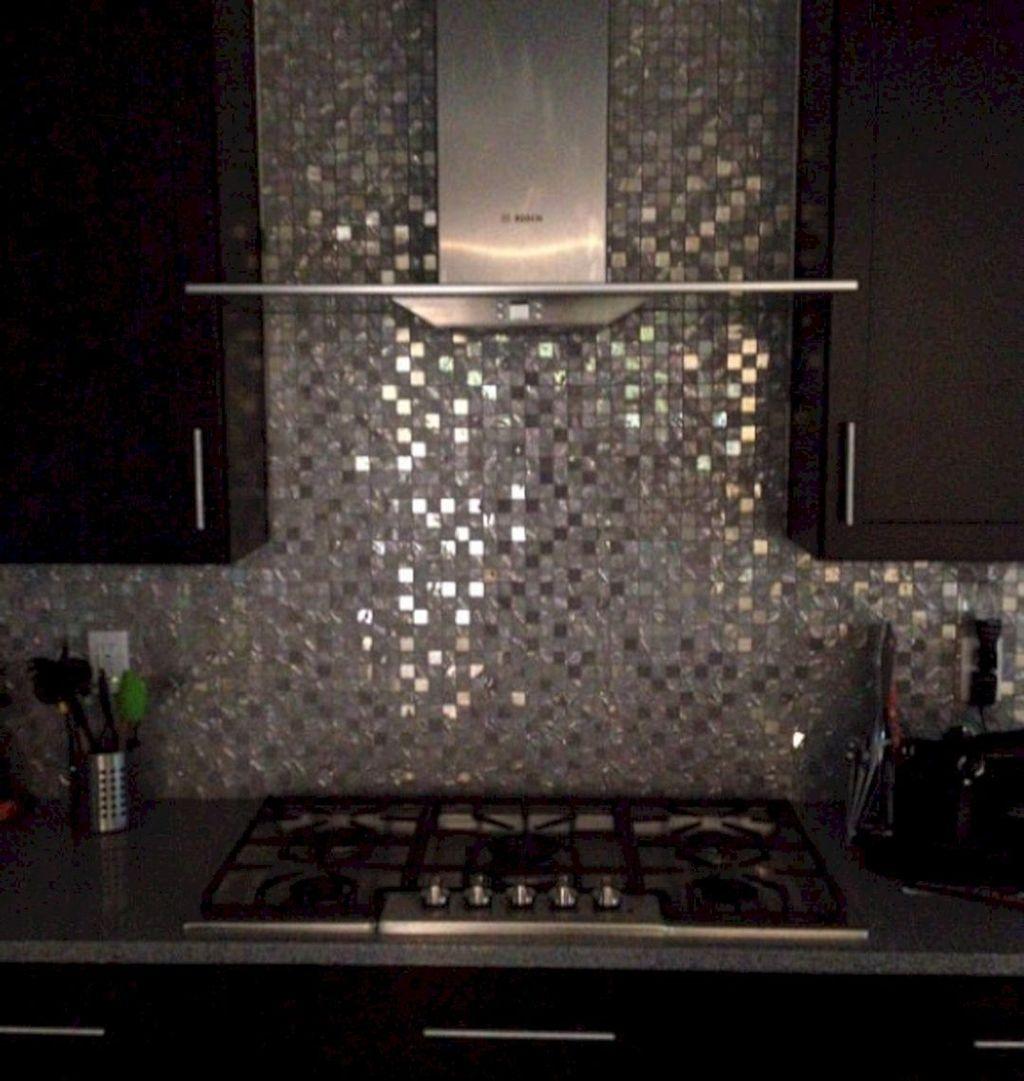 Superb Glitter Kitchen Tiles Design Ideas To Try Nowaday 01