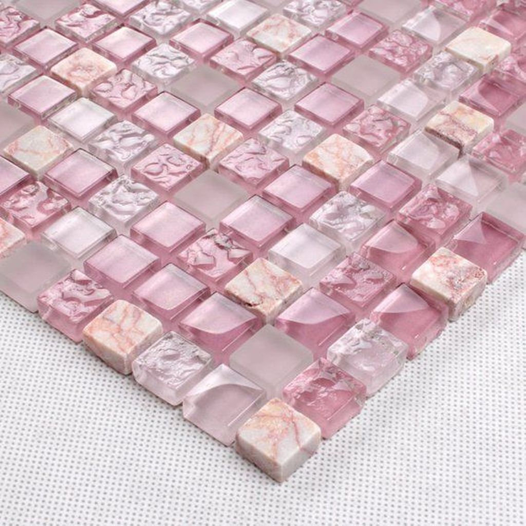 Superb Glitter Kitchen Tiles Design Ideas To Try Nowaday 22