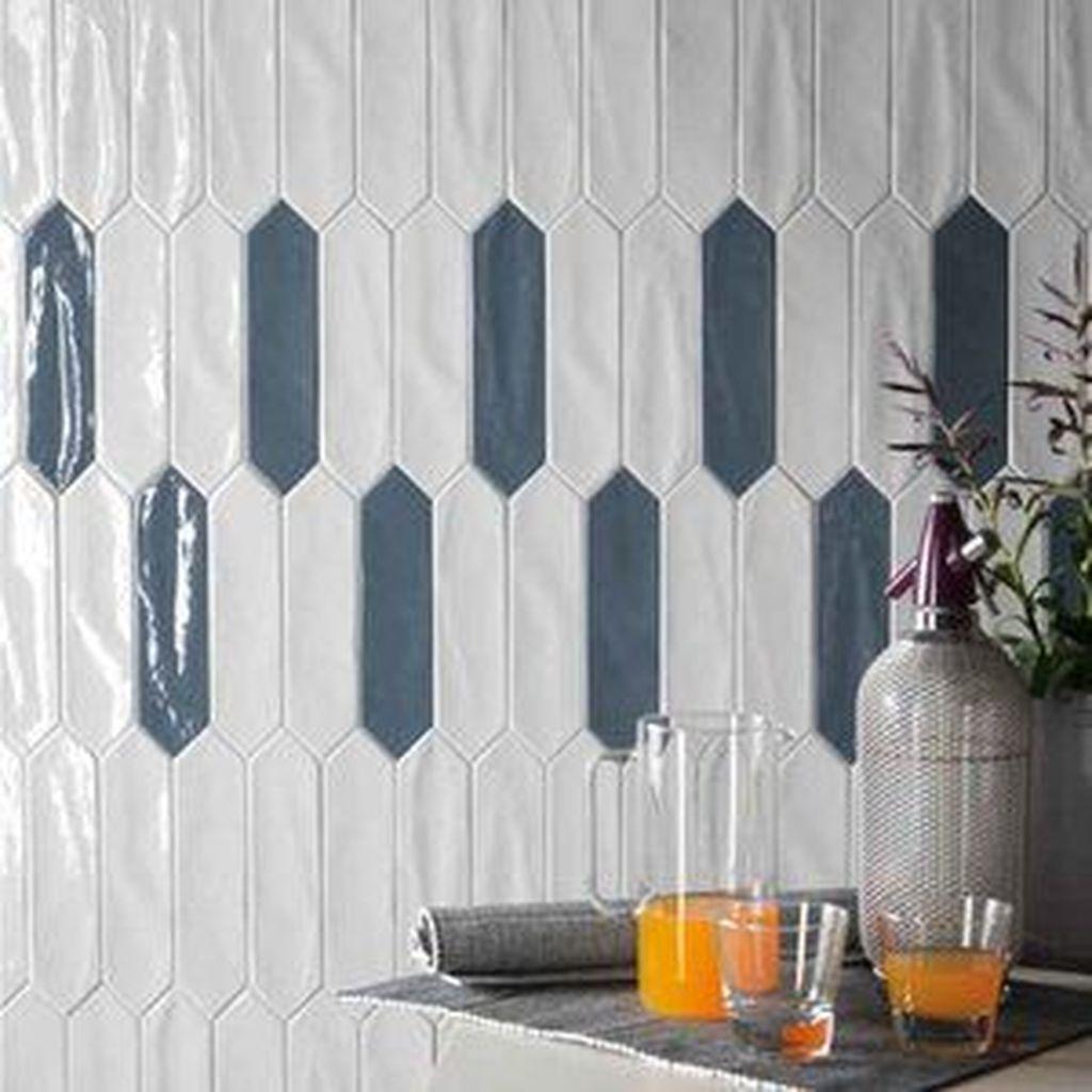 Superb Glitter Kitchen Tiles Design Ideas To Try Nowaday 33