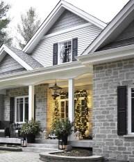 Unique Christmas Decoration Ideas For Front Porch 04