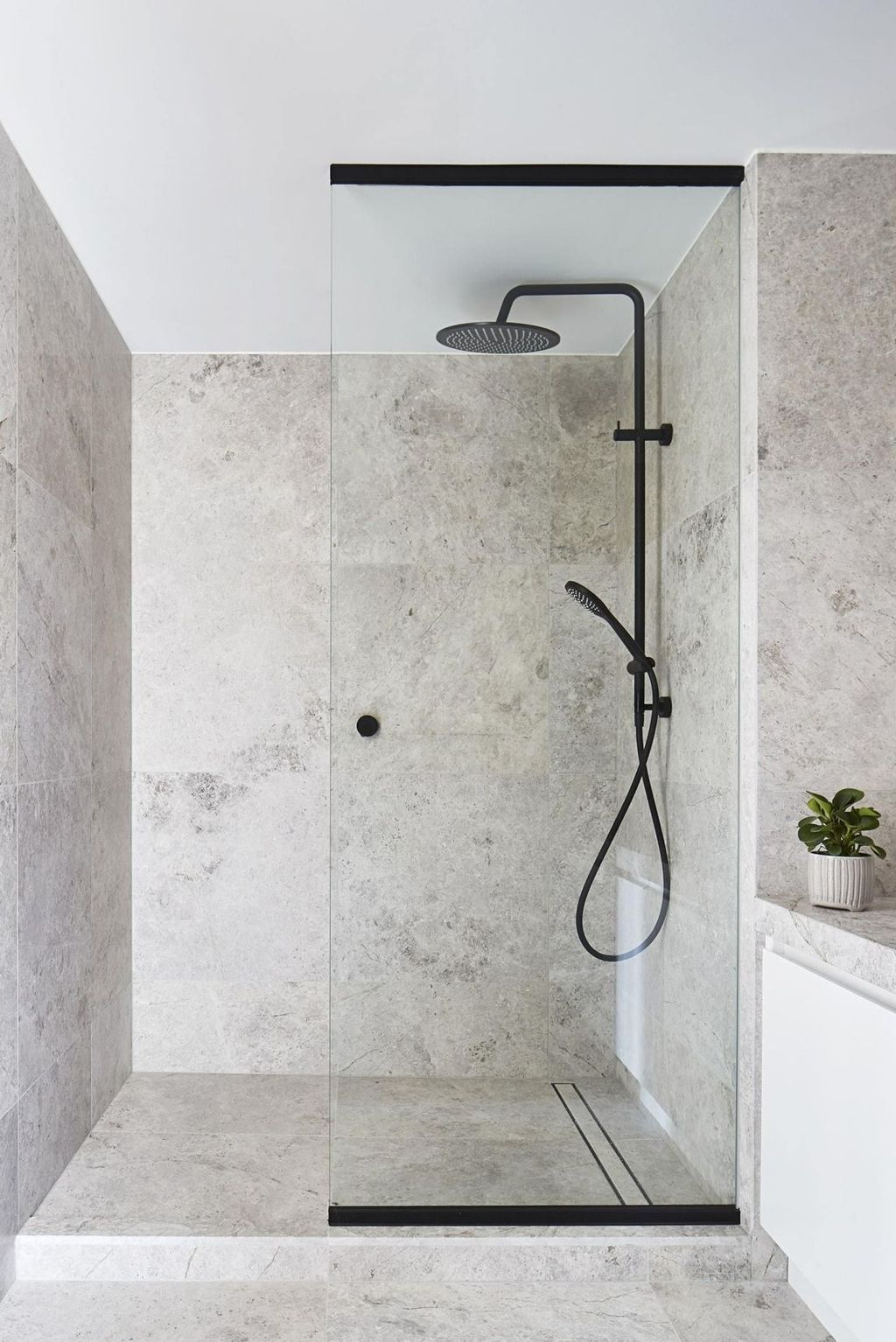 Unusual Bathroom Design Ideas You Need To Know 33