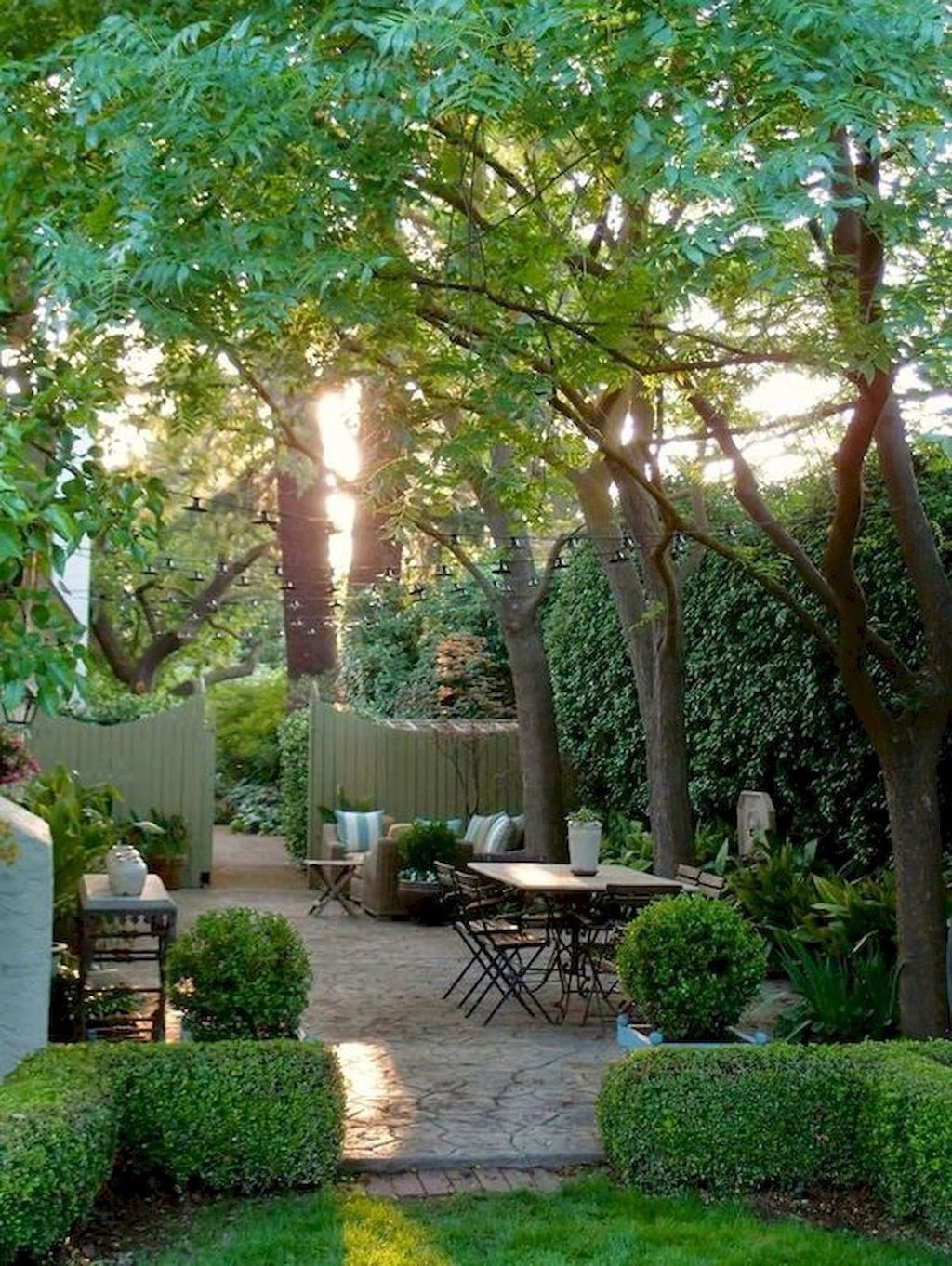 Best Jaw Dropping Urban Gardens Ideas To Copy Asap 03