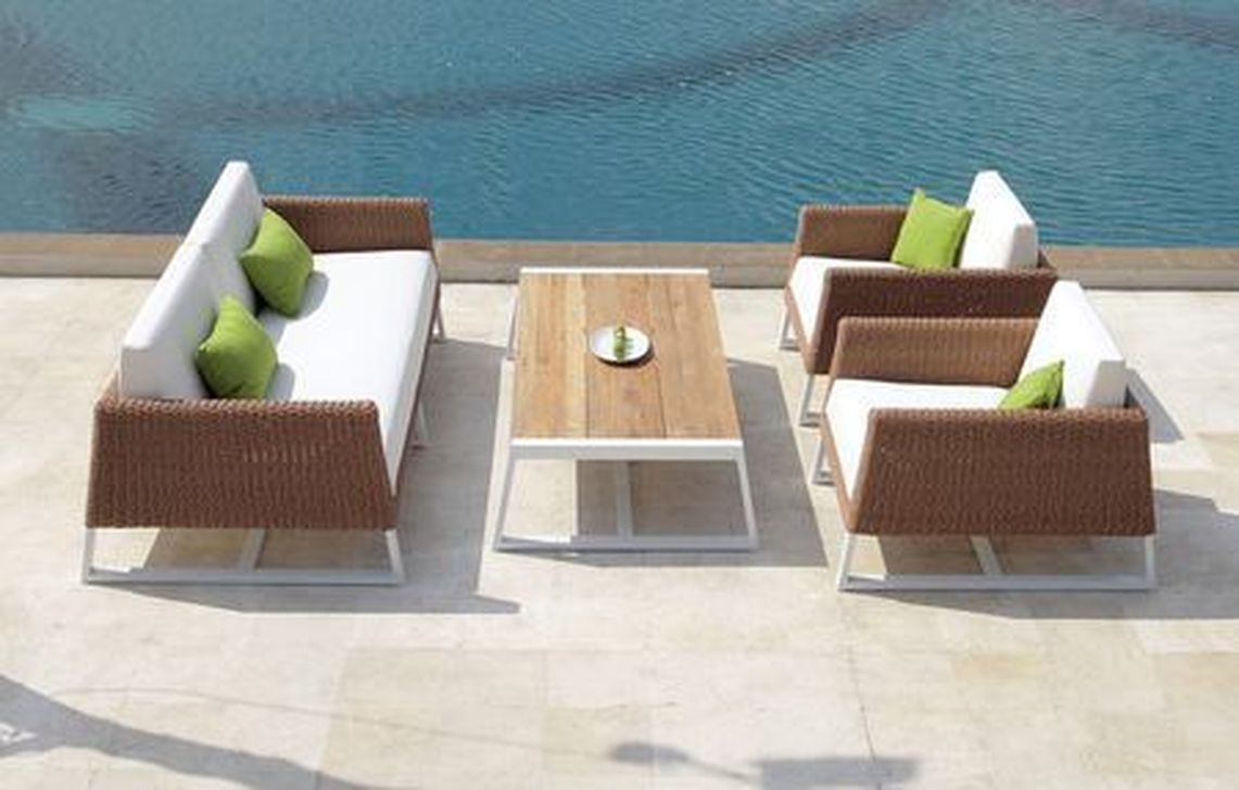 Best Minimalist Furniture Design Ideas For Your Outdoor Area 19