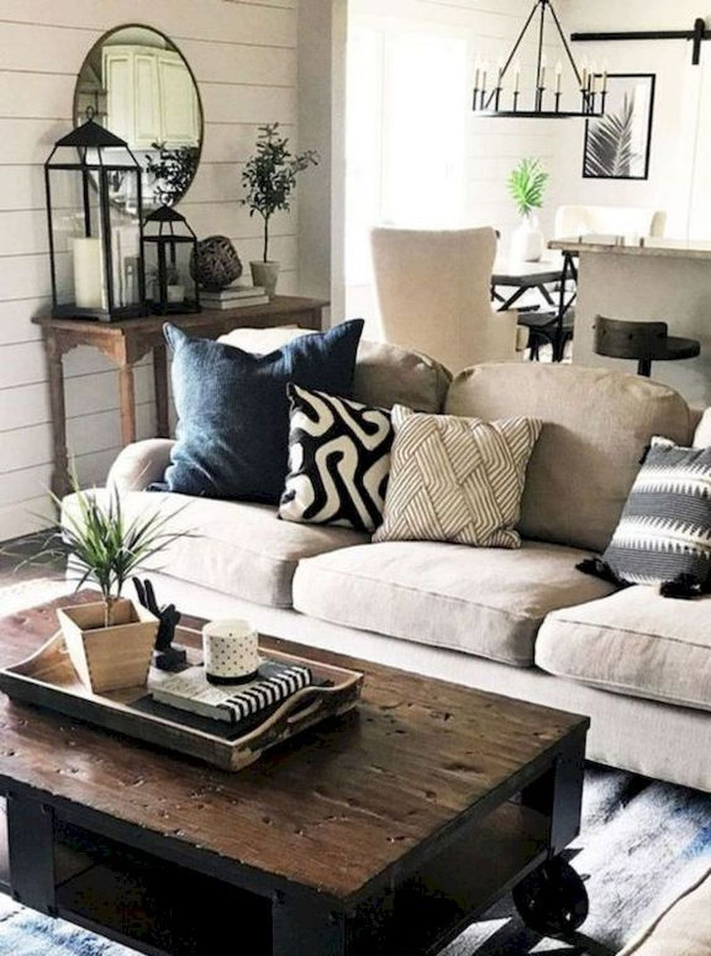 Cool Living Room Design Ideas To Make Look Confortable For Guest 03