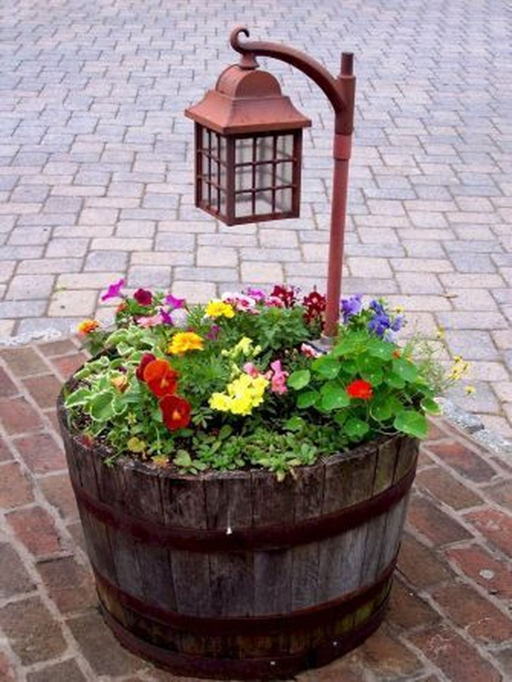 Excellent Backyard Landscaping Ideas That Looks Cool 21