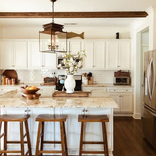 Hottest Wood Kitchen Set Design Ideas That You Can Try 04