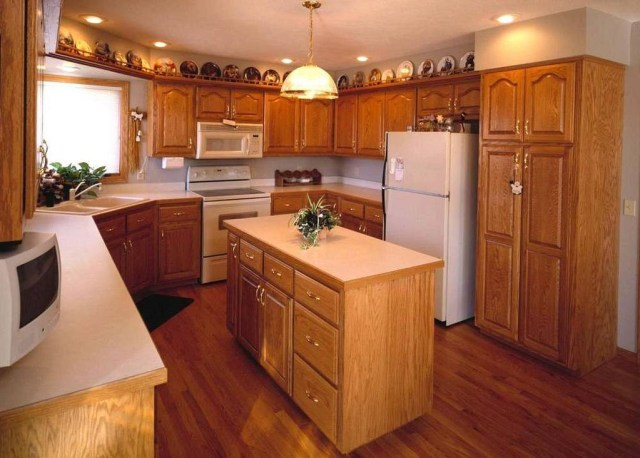 Hottest Wood Kitchen Set Design Ideas That You Can Try 21