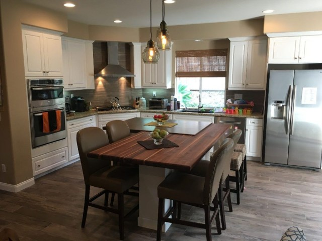 Hottest Wood Kitchen Set Design Ideas That You Can Try 36