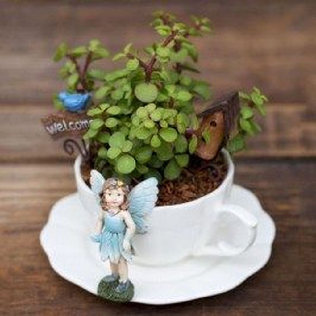 Inspiring Diy Teacup Mini Garden Ideas To Add Bliss To Your Home 03