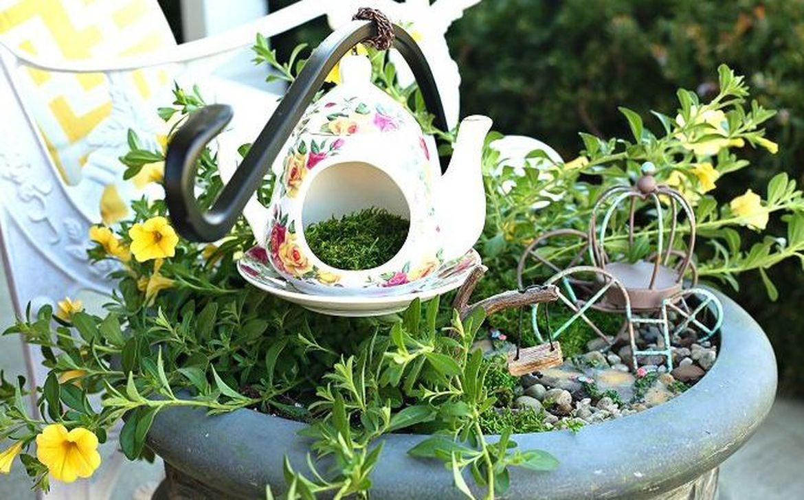 Inspiring Diy Teacup Mini Garden Ideas To Add Bliss To Your Home 23