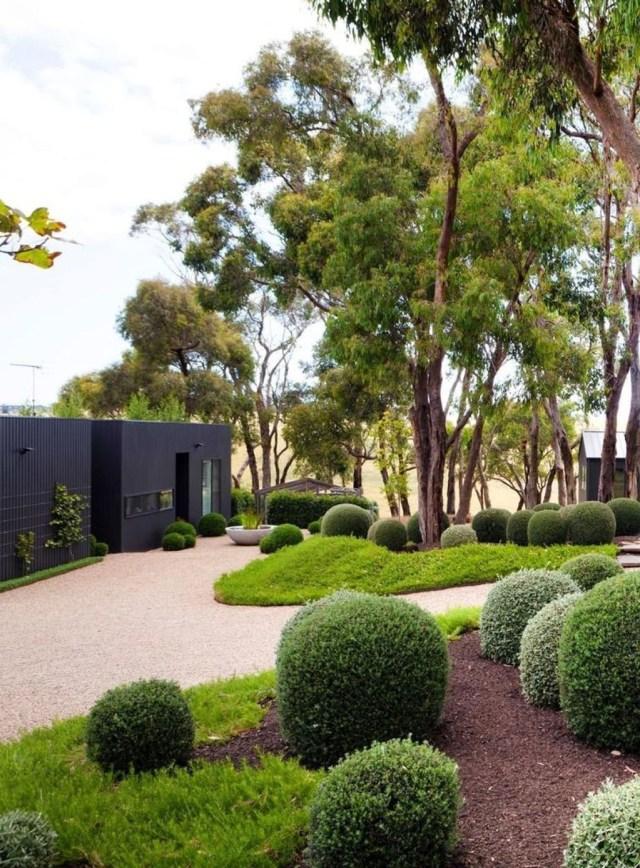 Inspiring Minimalist Frontyard Design Ideas To Try Asap 14