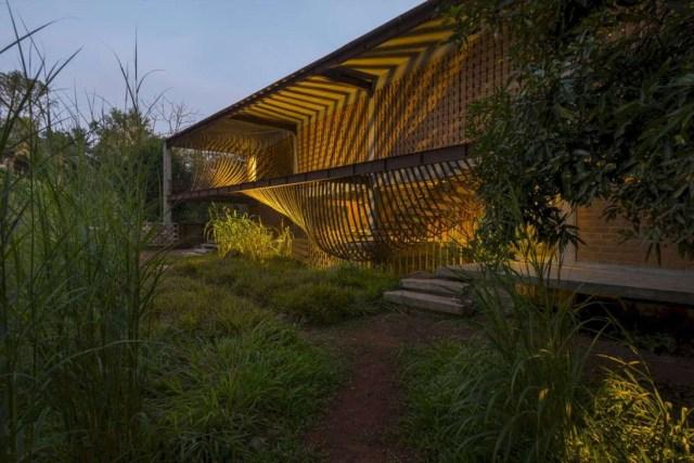 Inspiring Minimalist Frontyard Design Ideas To Try Asap 30