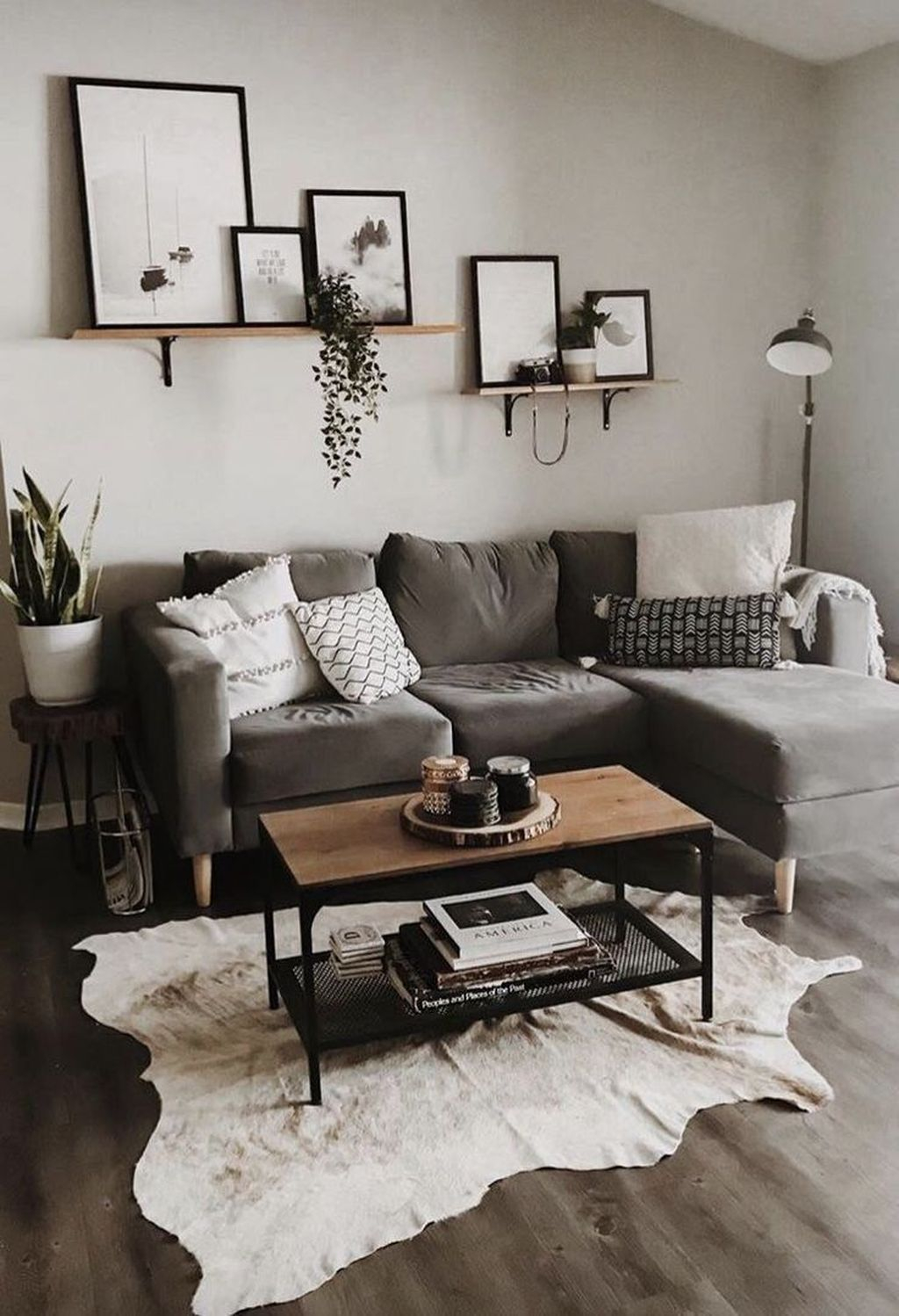 Luxury Living Room Design Ideas With Gray Wall Color 27