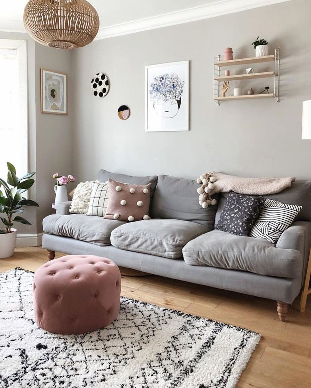 Luxury Living Room Design Ideas With Gray Wall Color 32