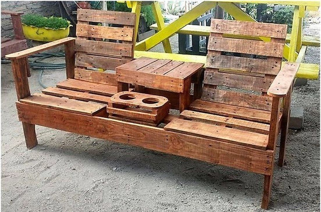 Popular Diy Chair Pallet Design Ideas That You Can Try 13