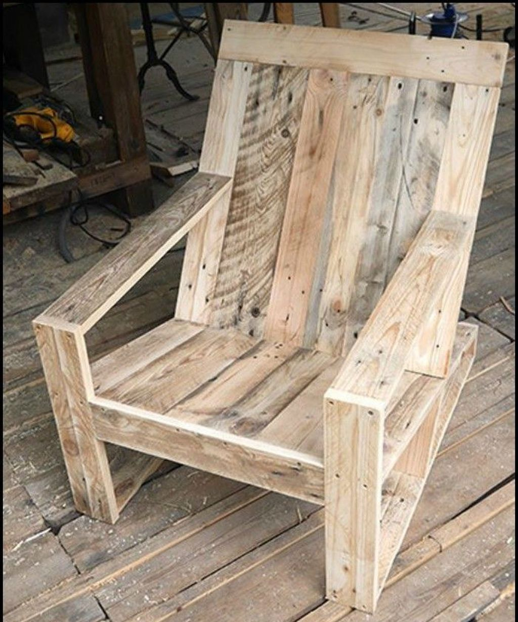 Popular Diy Chair Pallet Design Ideas That You Can Try 21