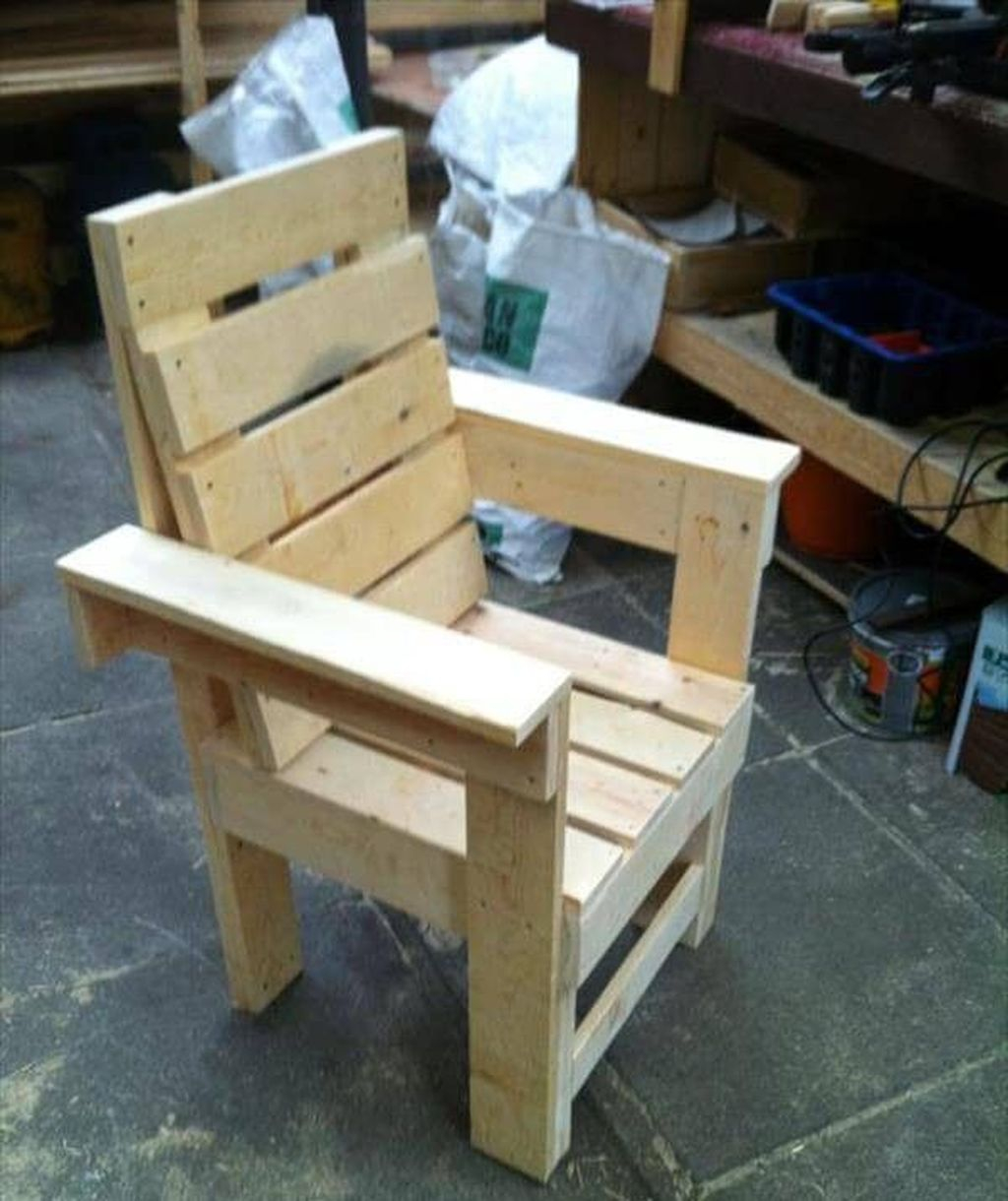 Popular Diy Chair Pallet Design Ideas That You Can Try 22