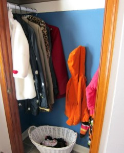 Smart Linen Closet Organization Makeover Ideas To Try This Year 12
