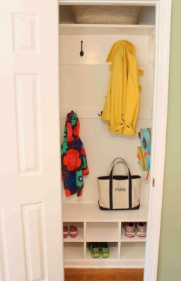 Smart Linen Closet Organization Makeover Ideas To Try This Year 15