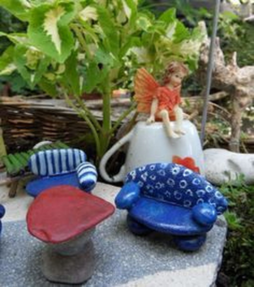 Stylish Diy Painted Garden Decoration Ideas For A Colorful Yard 09