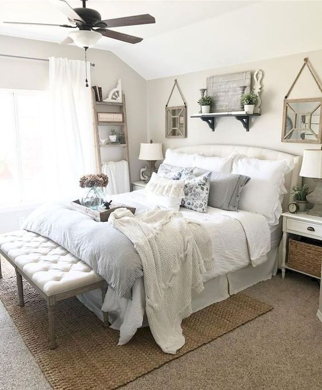 Vintage Farmhouse Bedroom Decor Ideas On A Budget To Try 10