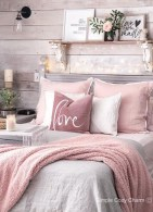 Vintage Farmhouse Bedroom Decor Ideas On A Budget To Try 28